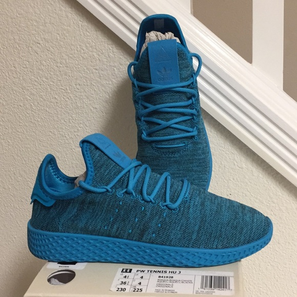 official photos 4317f 0fbab ADIDAS PHARRELL WILLIAMS HU J (4.5) BOYS OR GIRLS